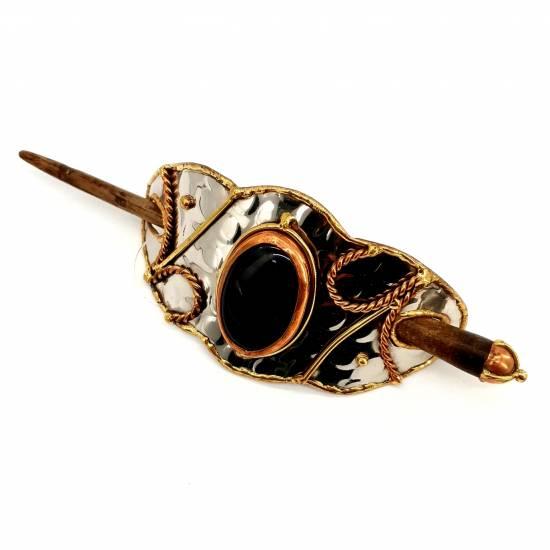 Hair clip with oniks