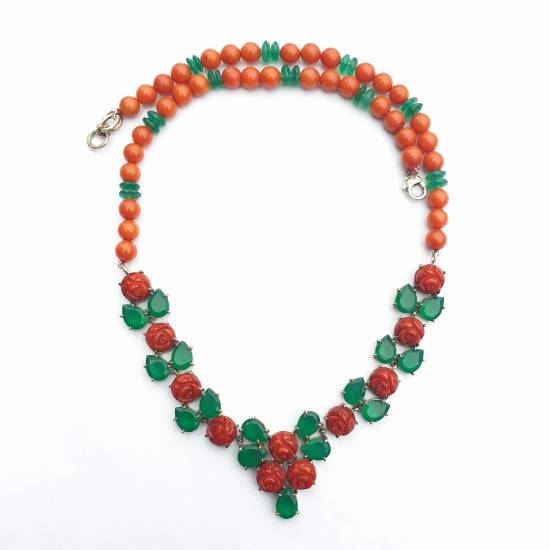 Coral, onyx. Necklace